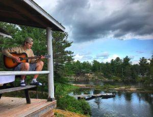 Memquisite Lodge On Lake Nipissing