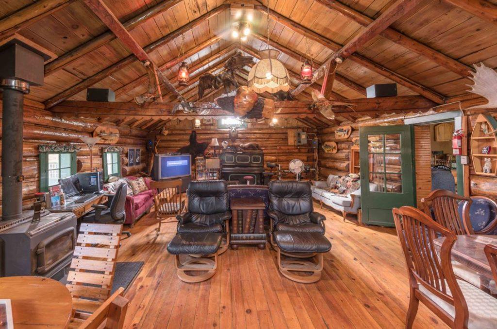 Marten River Lodge